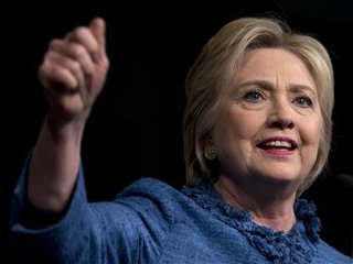Momentum points to Trump, Clinton nominations