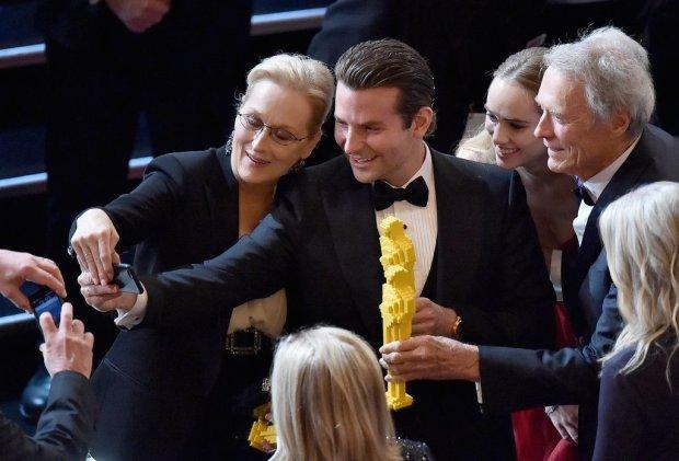Bradley Cooper Took a Selfie With Meryl Streep, Suki Waterhouse, and Clint Eastwood