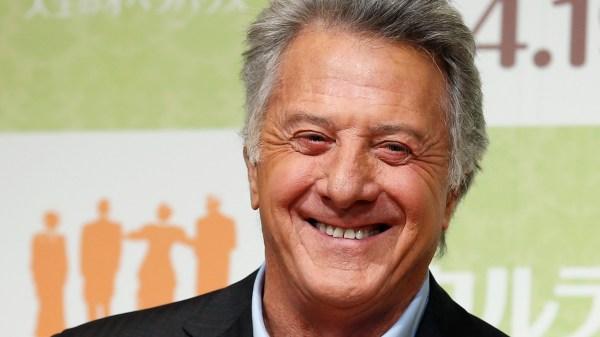 See Dustin Hoffman's amazing method for avoiding paparazzi ...