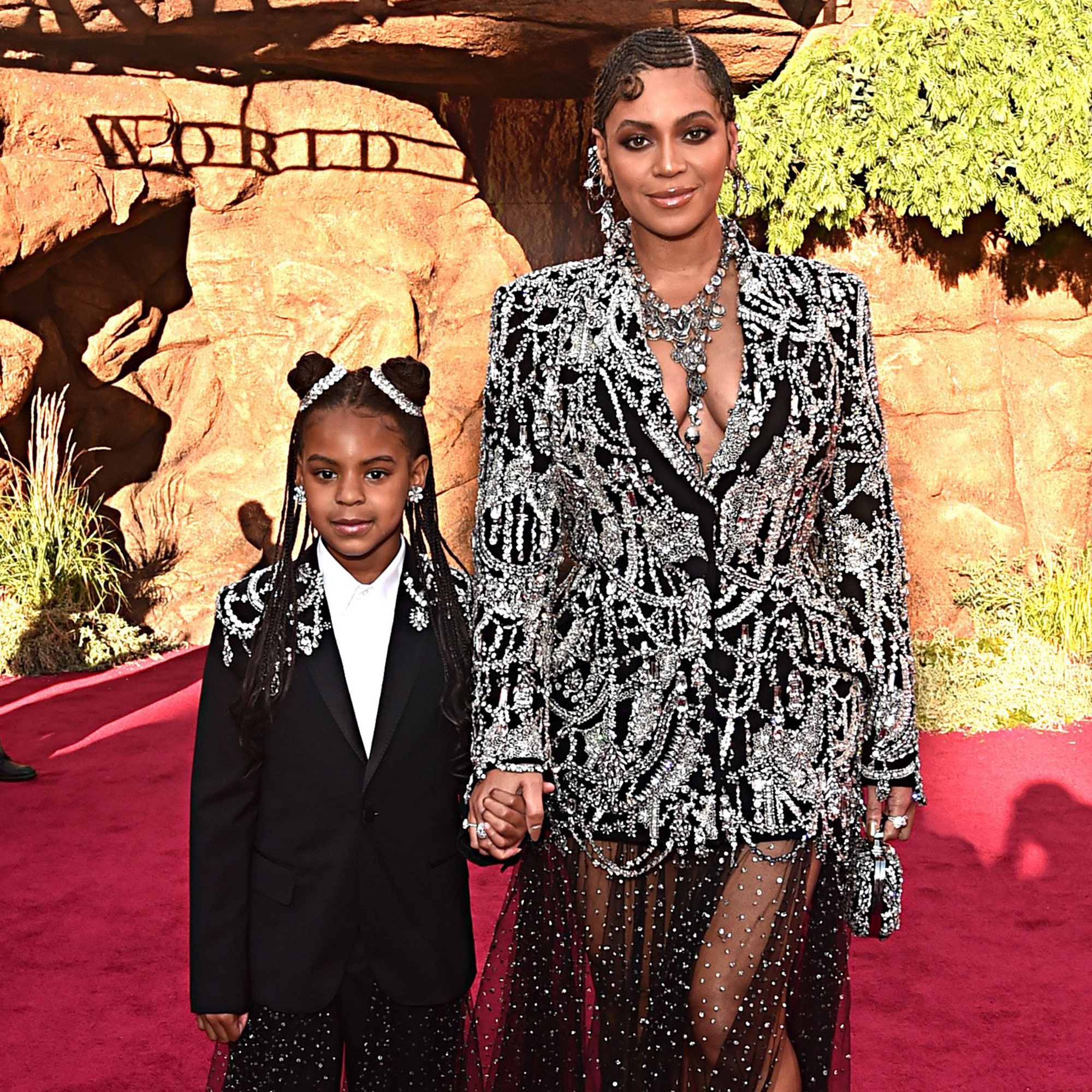 https www today com parents blue ivy looks so much mom beyonce new pic her t171281