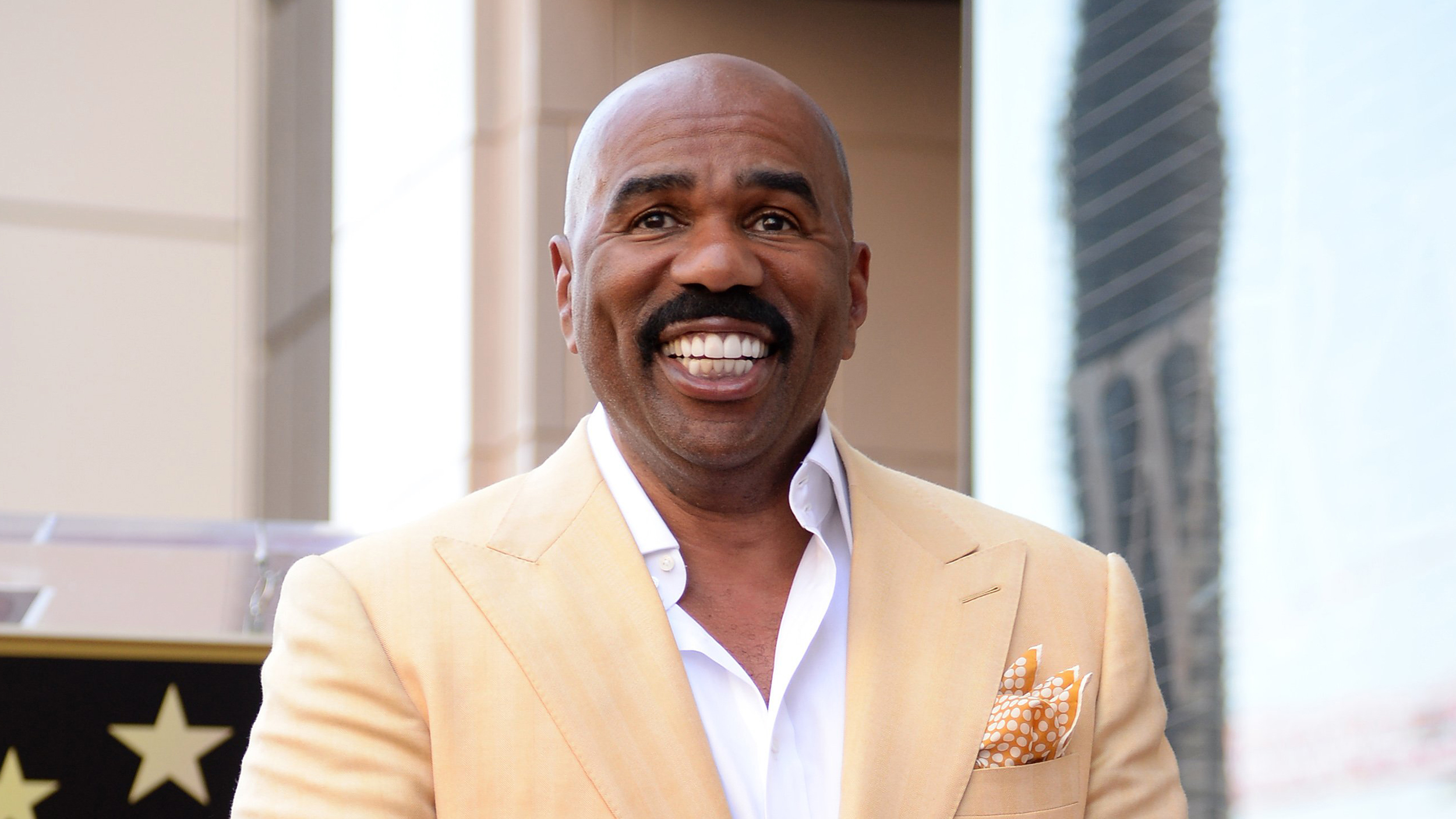 Today S Family Fuse Steve Harvey Weighs In On How To Handle Family Issues Today Com