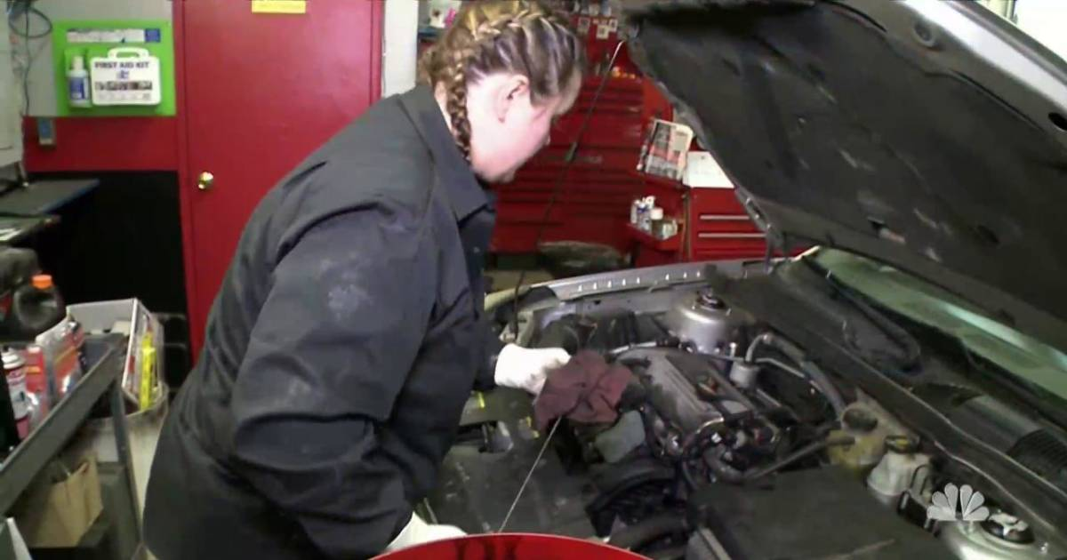How An All Female Pennsylvania Car Repair Shop Is Defying