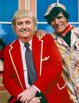 SECOND POST - JUNE 5, 2013 - CAPTAIN KANGAROO TO PERSONALLY COMMAND FAKE SYRIAN ARMY; NEWS FROM AROUND THE WORLD 1