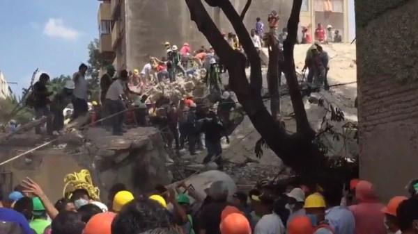 Mexico Earthquake Rescuers Search for Survivors - NBC News