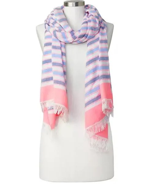 Gap scarf seen on the Today Show