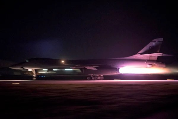 Image: B-1B Bomber Flights