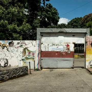 Image: A quiet polling station in the 23 de Enero neighborhood, known for being a government stronghold