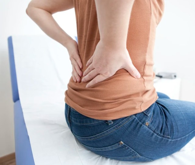 Radiofrequency Therapy Relieved Herniated Disc Pain In New Study Image Consultation Lumbago Woman