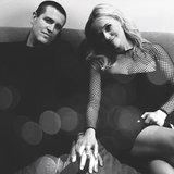 Vedi come Reese Witherspoon ha celebrato il suo anniversario di nozze di cinque anni con JIM Toth!