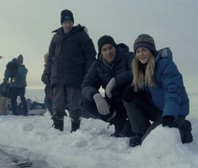Big Miracle Trailer Starring Drew Barrymore And John Krasinski
