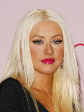 photo of christina aguilera at inspire perfume launch with bleach blonde hair glossy raspberry