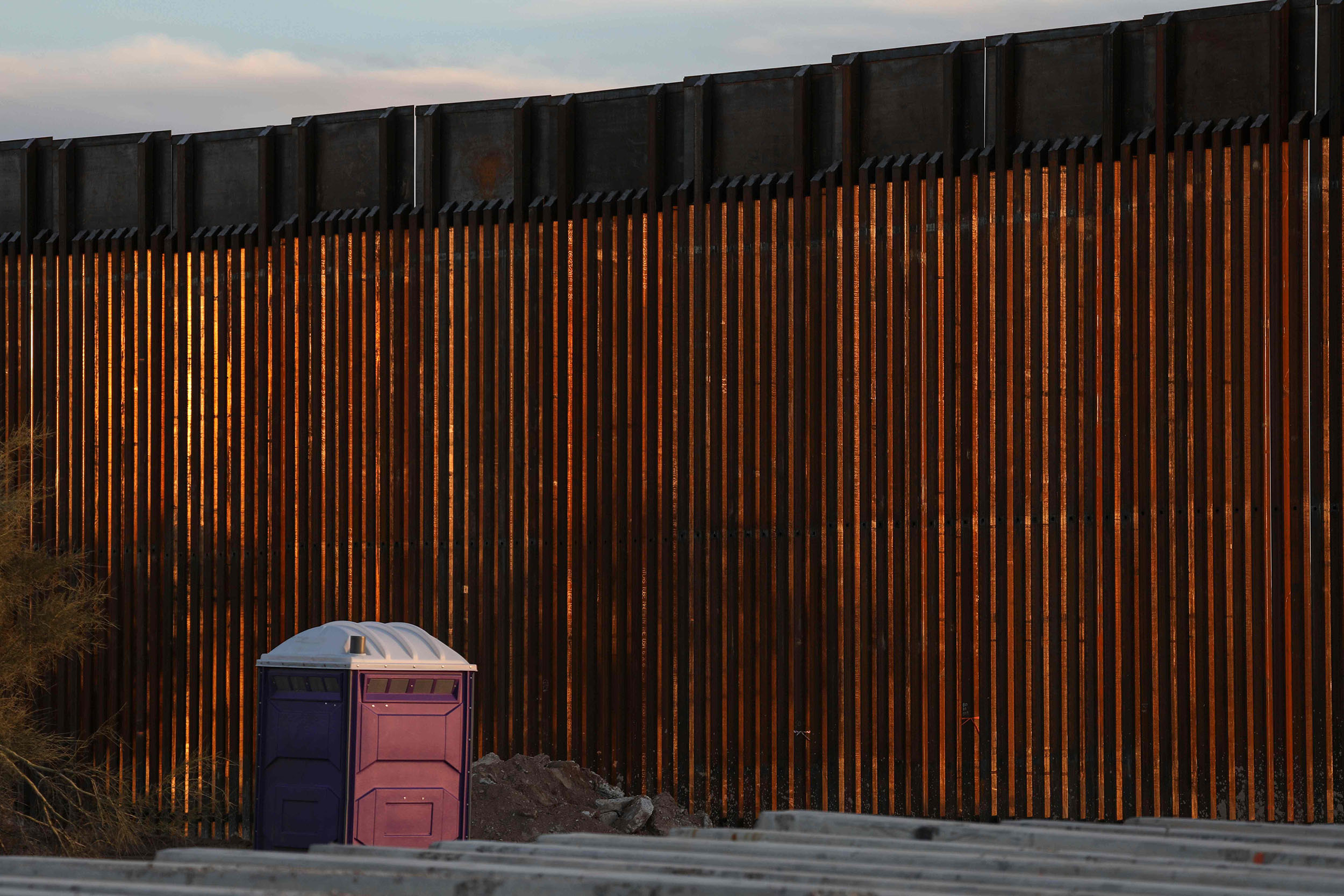 Image: Border wall at Organ Pipe National Par (Sandy Huffaker / AFP - Getty Images)