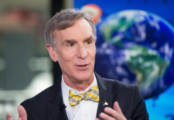 Image: Today - Season 66 - Bill Nye joins Kathie Lee Gifford for a special edition of Who Knew on the Today Show.