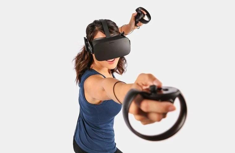 Best gaming gear: Oculus Rift headset and controller
