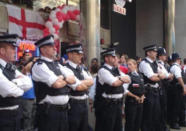 Angleterre : la police britannique perd des milliers de données à cause d'une erreur technique.