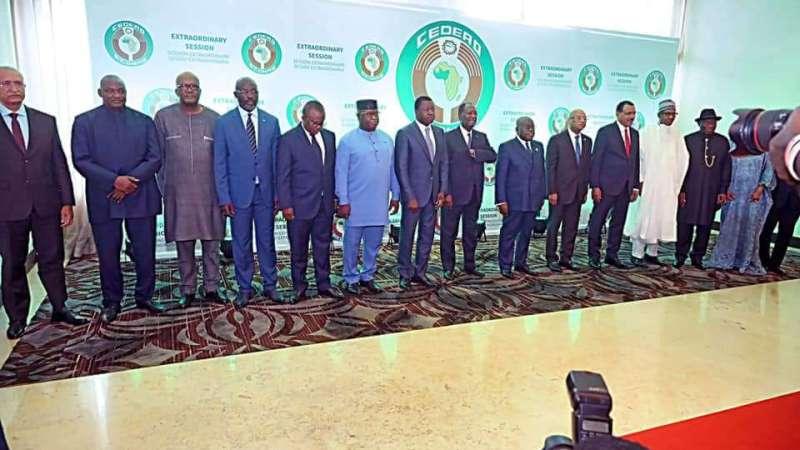 La CEDEAO suspend le Mali de ses institutions en réaction au récent double putsch