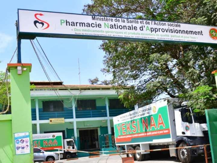 La Pharmacie nationale d'approvisionnement «étouffée» par une dette étatique de 10 milliards de F CFA