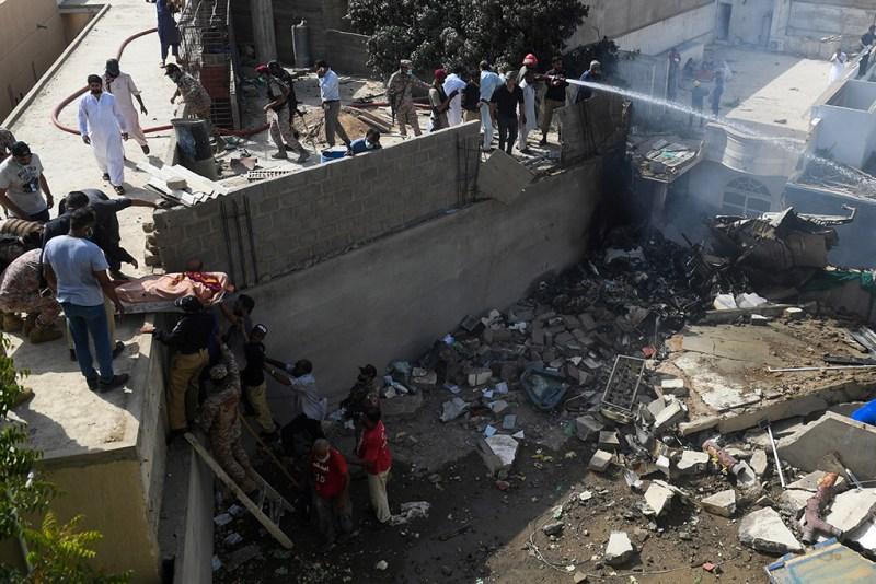 В Пакистане разбился самолет
