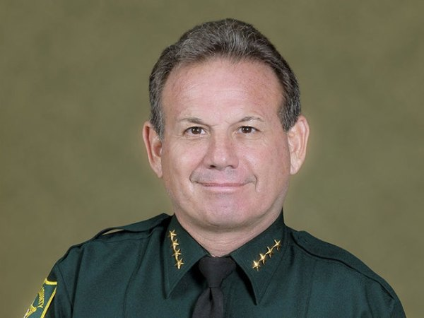 Total Loser: Broward County Sheriff Gets Trashed In No ...