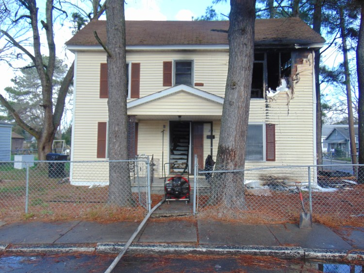 Mother and 4 children displaced by house fire in Elizabeth ...