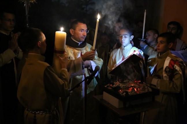 Vigília Pascal - Arautos do Evangelho - Basílica N. Sra. do Rosário de Fátima (5)