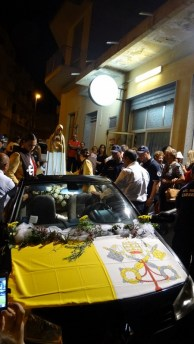 23092015_Niscemi_In processione al Presidio Ospedaliero Suor Cecilia Basarocco_001 (576x1024)