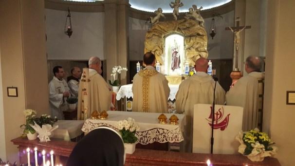 S.Messa del vicariato con l'offerta dell'olio della lampada mariana perpetua (11)