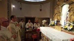 S.Messa del vicariato con l'offerta dell'olio della lampada mariana perpetua (9)