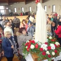 La statua della Madonna di Fatima a Venaria Reale (TO) , Araldi del Vangelo-046