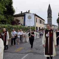 04-Corpus Domini ad Oriago di Mira. - Araldi del Vangelo.-003