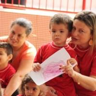 Criança durante apresentação 1