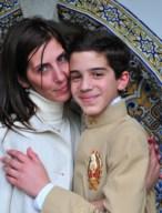 mãe com o filho arauto