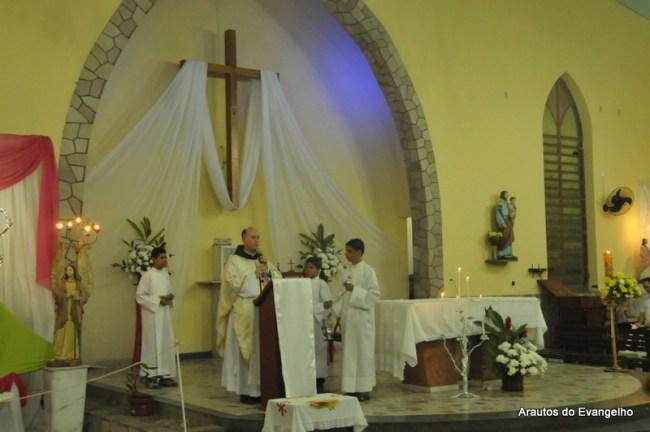 Pe. Célio Casale preside Missa no Mês Mariano em Catende - PE