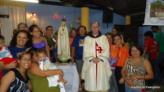 Missa na capela Nossa Senhora Aparecida, no Parque Capibaribe, São Lourenço da Mata