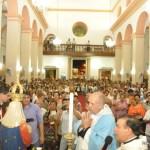 Monsenhor Lino Rodrigues Duarte coroa imagem de Nossa Senhora da Apresentação na cidade de Escada - PE