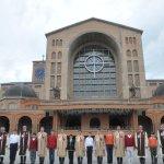 Visita dos alunos do Projeto Futuro & Vida à Basílica Nacional de Aparecida