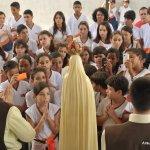 Visita da imagem peregrina à Escola Cecília Meireles