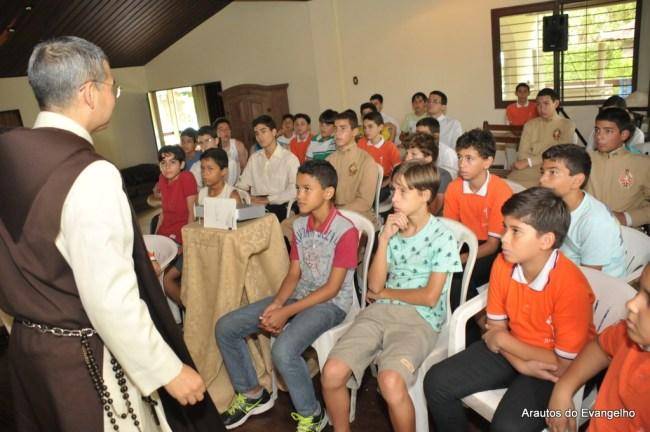Retiro para jovens com os Arautos do Evangelho