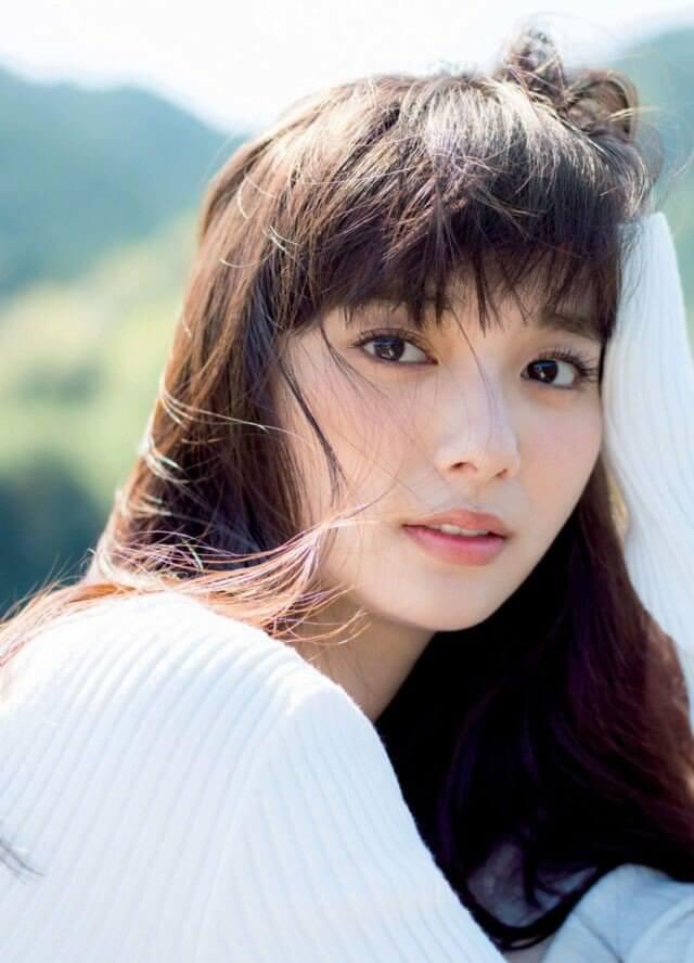 Yua Shinkawa - artis Jepang tercantik