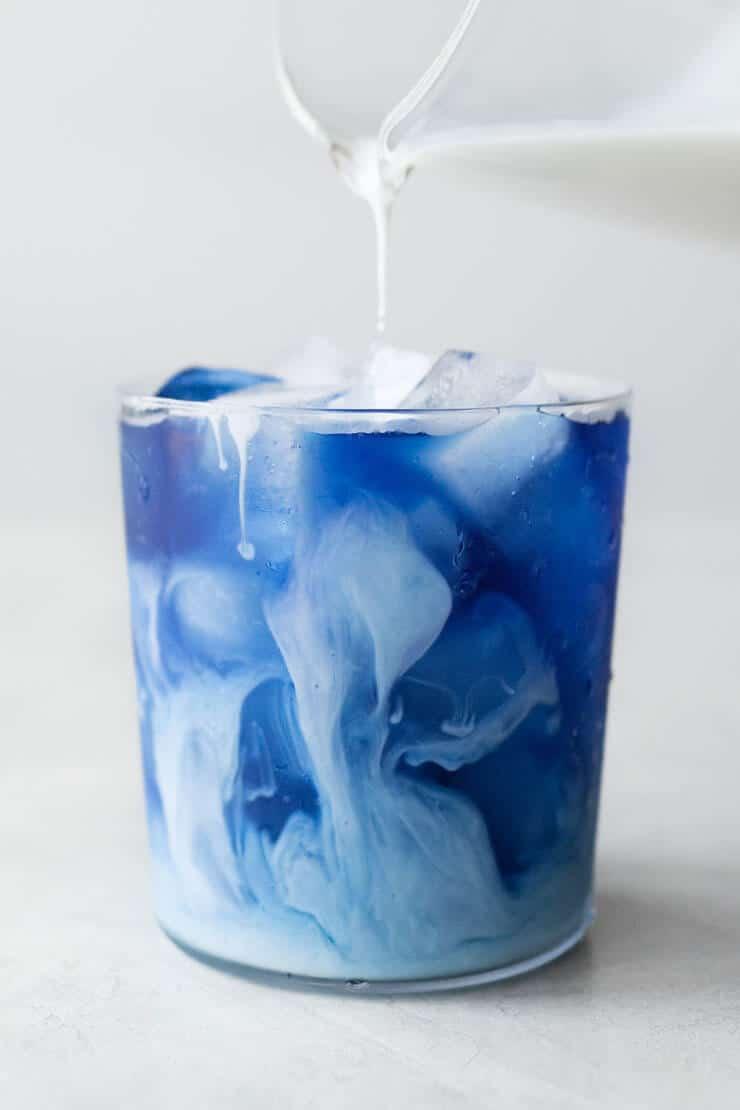 Minuman Kekinian Blue Butterfly Pea Flower Tea Latte