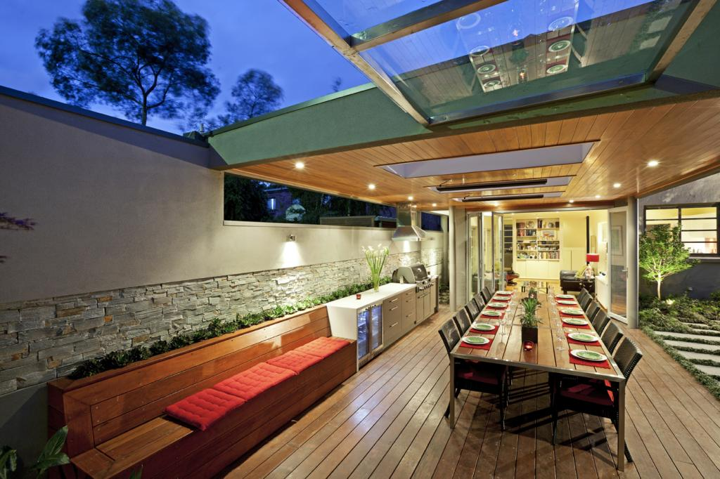 5 Built In Seating Ideas for Your Outdoor Space on Small Backyard Entertainment Area Ideas id=70230