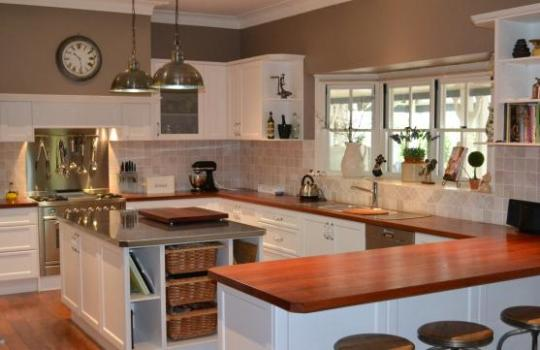 Kitchen Design Ideas   Get Inspired by photos of Kitchens from     Kitchen Design Ideas by Creative Design Kitchens