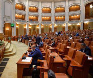 Moțiunea de cenzură împotriva Guvernului Orban, citită joi și votată în septembrie. Care este data luată în calcul