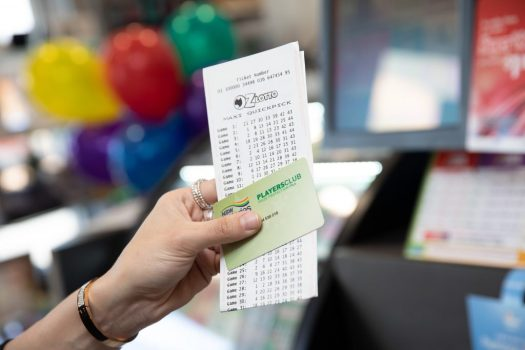 $7.5 Million Oz Lotto Win Brings Tears To Allambie Heights ...