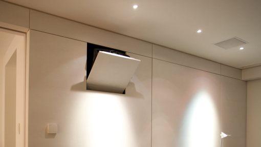 PH2 - Projektorhalterung beim ausklappen