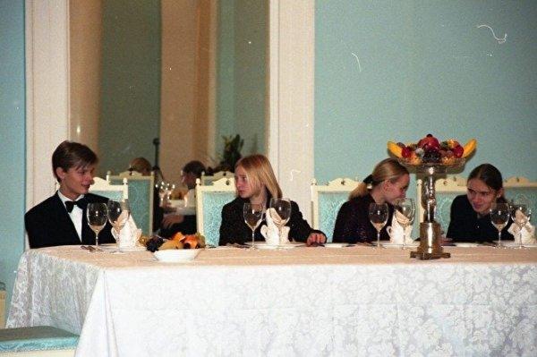 Архивные фото дочерей Владимира Путина опубликовали в Сети ...