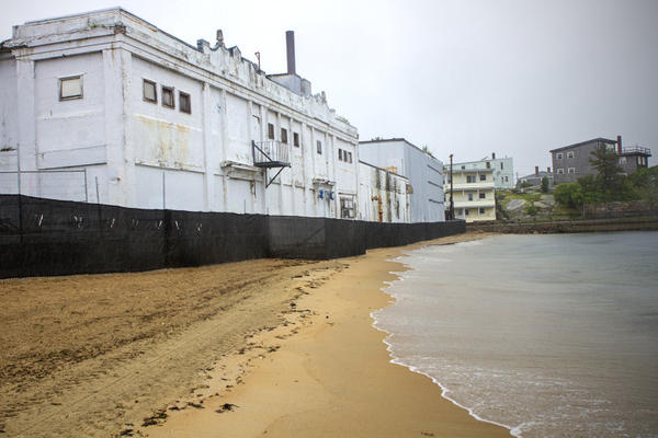 "The Birdseye plant, birthplace of the flash-freeze process, stood on a barrier beach in the center of ""the Fort,"" a historic neighborhood packed with marine industry in Gloucester, Mass. The new Beauport Hotel is rising – with the aid of state subsidies –"