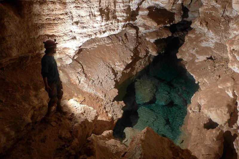 Jewel National Dakota South Cave Monument