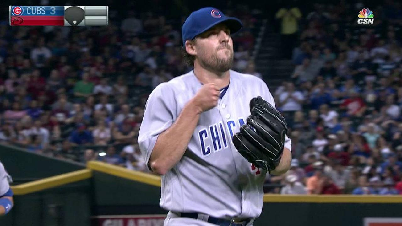 Lackey K's Descalso  Cubs strike early, add on to defeat D-backs mlbf 1716453483 th 45