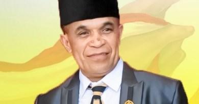 Ketua DPRD Kabupaten Kupang Daniel Taimenas